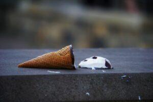 brown ice cream cone